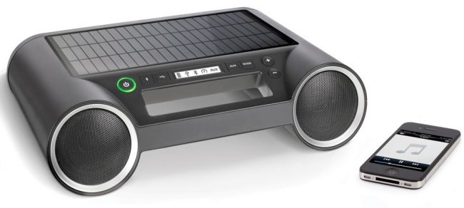 solar powered speaker 650x292 Solar Powered Wireless Bluetooth Speaker