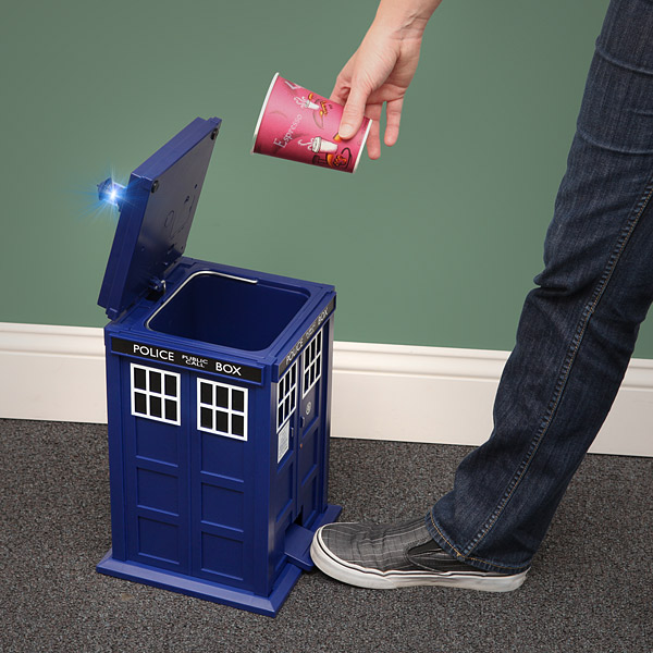 tardis trash can Doctor Who Tardis Trash Can