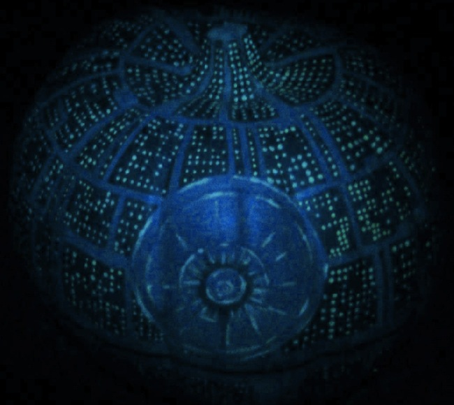 death star pumkin lit Glow in the Dark Death Star Pumpkin