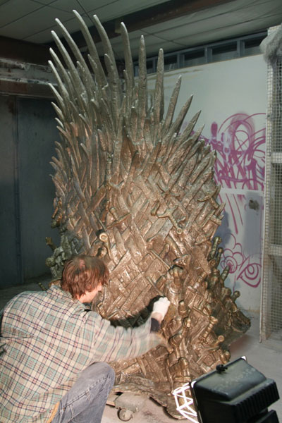 game of thrones throne painting $30,000 Game of Thrones Life Sized Throne