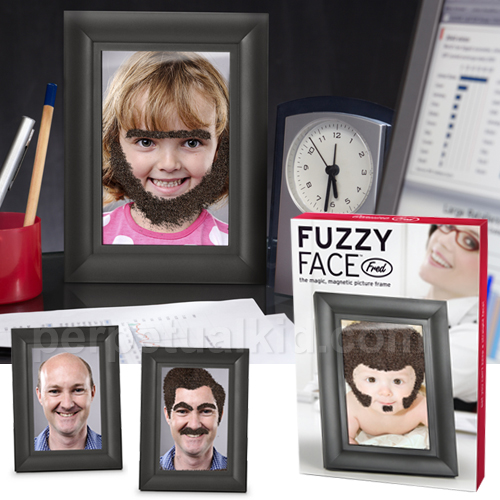 fuzzy face photo frame Pinboard