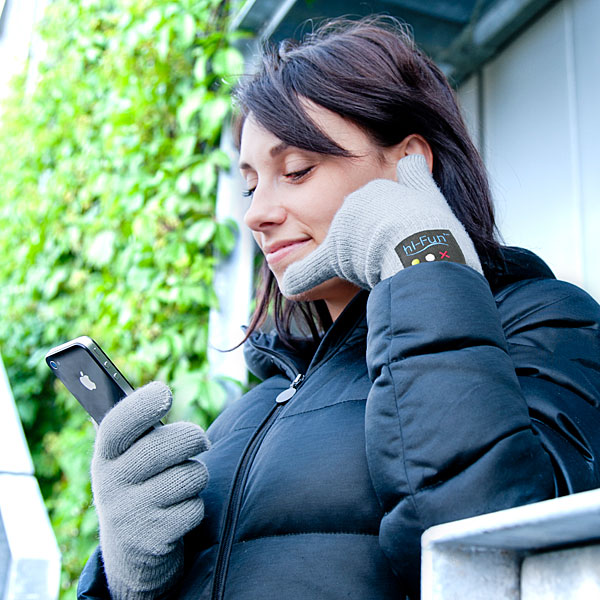 bluetooth handset gloves Talk to the Hand: Bluetooth Handset Gloves