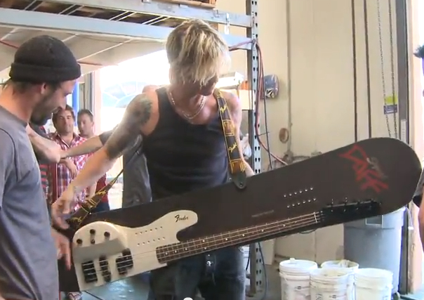 fender bass snowboard duff Playable Fender Bass Snowboard for Duff McKagan