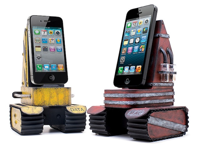 iphone tank charger Pinboard