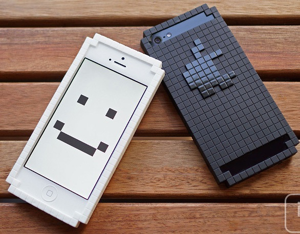 8bit bumper Pixelate Your iPhone with an 8 Bit Bumper