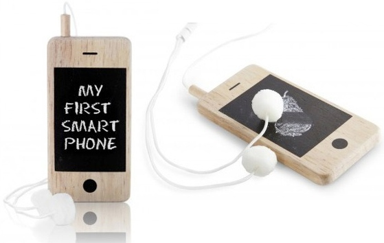 i-Woody: Wooden Chalkboard Screen Smartphone for Kids