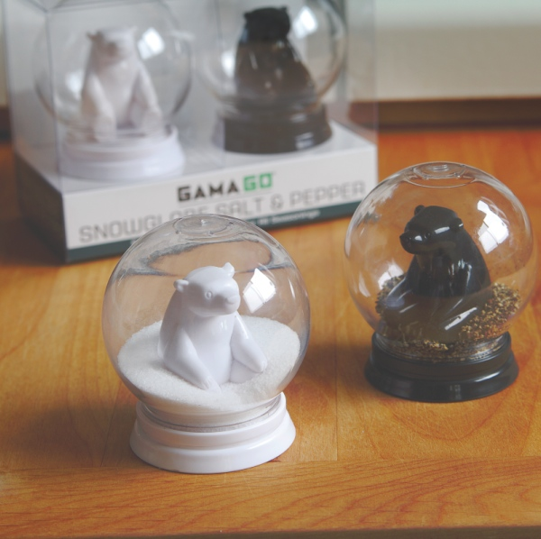 snowglobe salt and pepper Snowglobe Bear Salt and Pepper Shakers