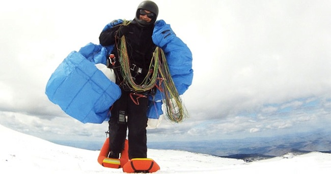 Small Foot: Inflatable Snow Shoes