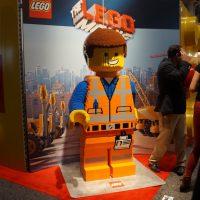 emmet giant lego