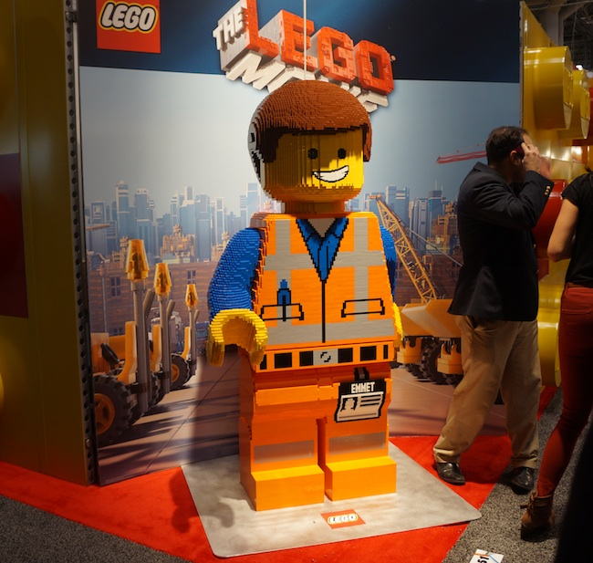 Everything is Awesome: Giant Lego Emmet