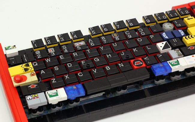 lego keyboard left