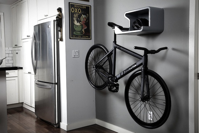 Is This the World's Most Attractive Bicycle Mount?