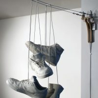 sneakers power line light