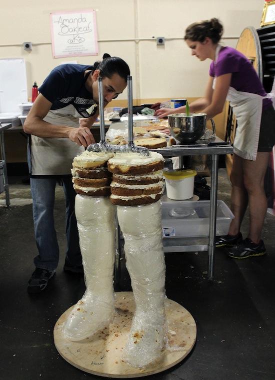 vader cake knees