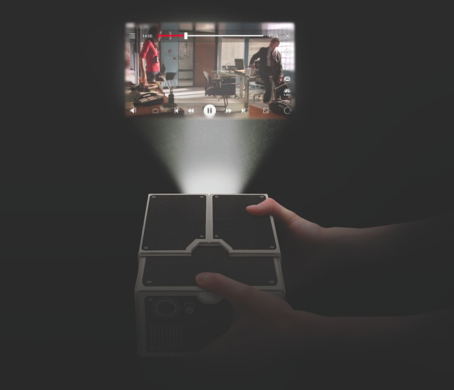smart phone projector in use