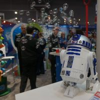 bubble blowing r2d2