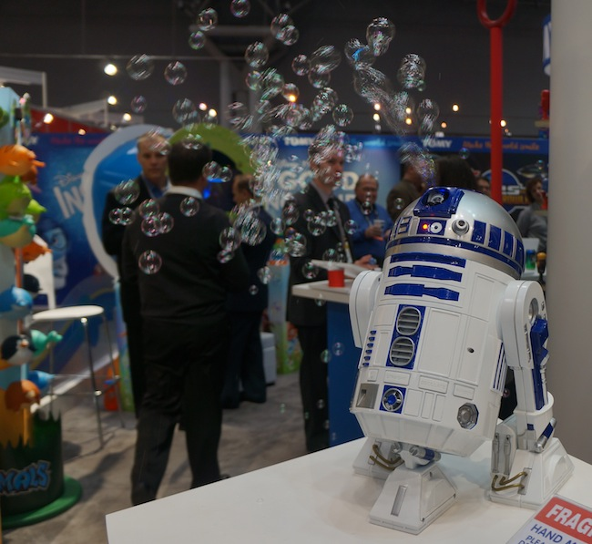 Bubble Blowing R2-D2
