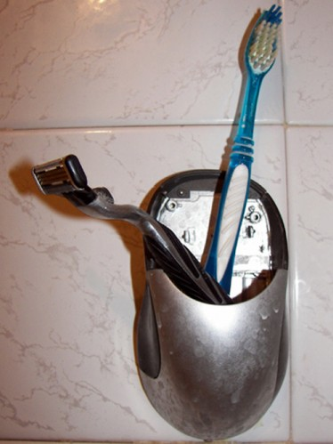 B0rkedend Mouse Toothbrush Holder