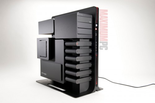 The Stunning Thermaltake Level 10 PC Case
